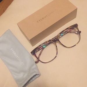 Accessories - New Large Frame Stylish Glasses